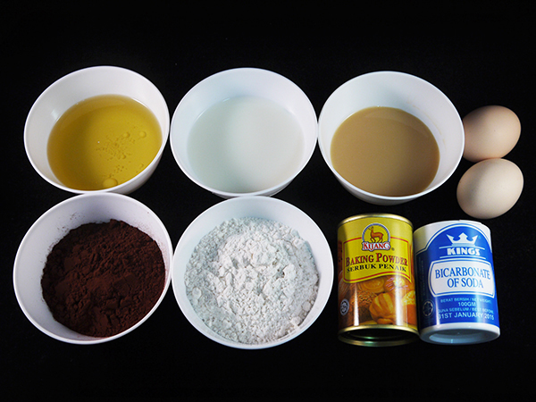 Sugar Free Steamed Cocoa Cake Ingredients